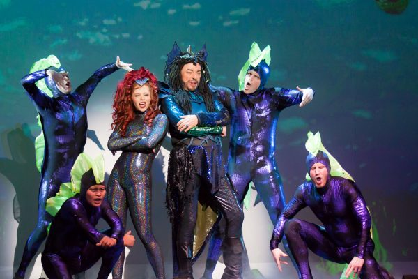 14_Jordan-Clark-Ross-Petty-and-the-cast-of-The-Little-Mermaid_Photo-by-Racheal-McCaig